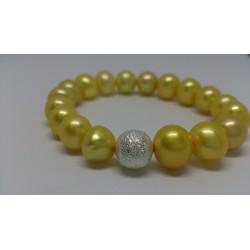 Kollased pärlid käevõru