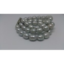 Gray pearls braclet