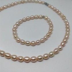 Small pink pearls