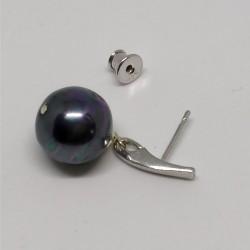 Must pärl
