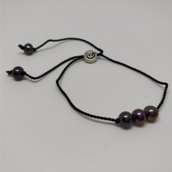 Silky braclet with pearls