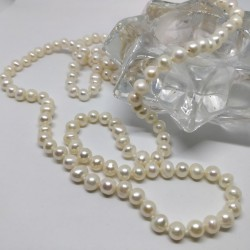Luxury small pearl necklace