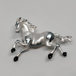 Pearly white horse brooch