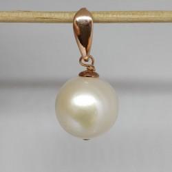 Pendant, near round white...