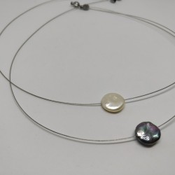 Free form pearl on wire
