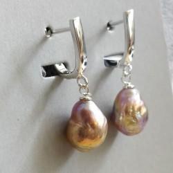 Barokkpärlitega kõrvarõngad